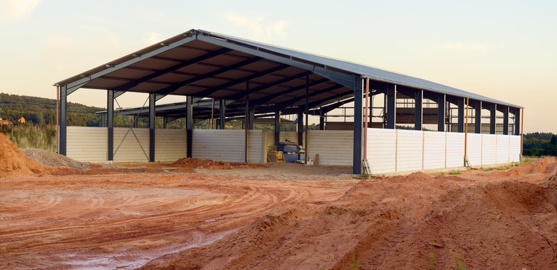 Custom Farm Ranch Pole Barns In Colorado further Livestock Barns besides Ainsworth Iowa Post Frame Buildings additionally Pole Barns together with File GrangeBarn Interior. on pole barns cattle